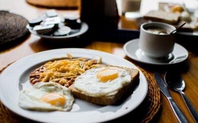 Should I eat breakfast before exercising