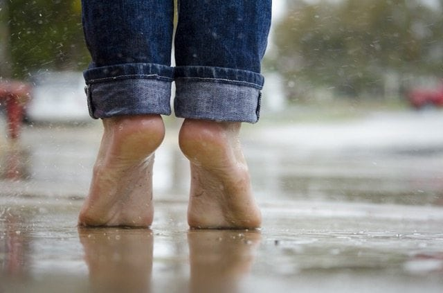 Is going barefoot healthy?